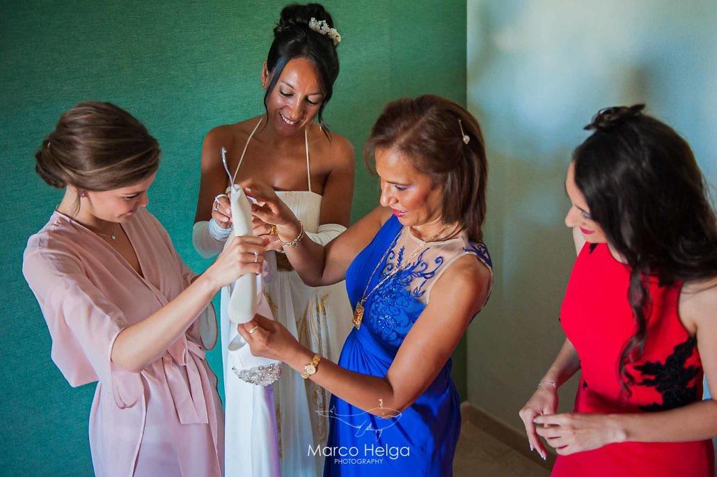 Boda en Hotel Pino Alto novia cambiándose