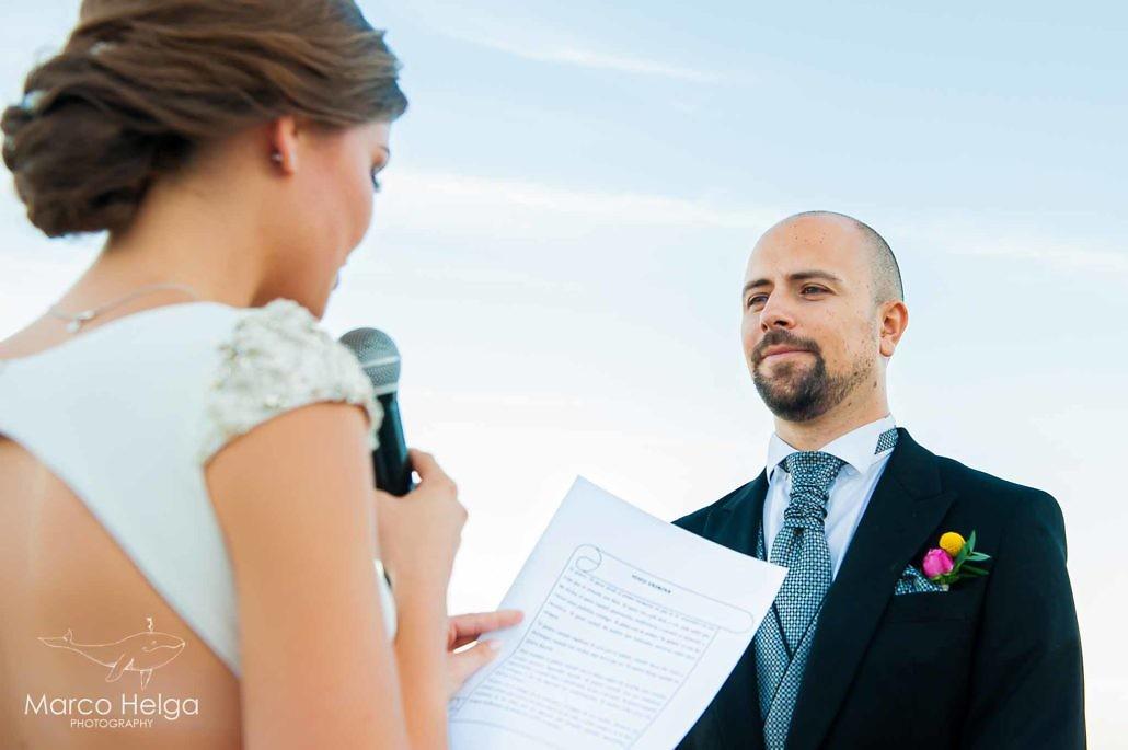 Boda en Playa Cristal lectura de la novia